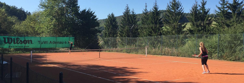 TennisBanner